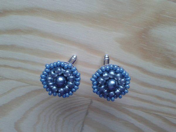 srebrne spinki do mankietów z koralików