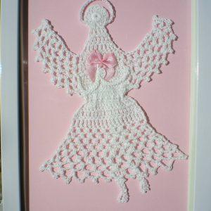 obrazek z białym aniołkiem