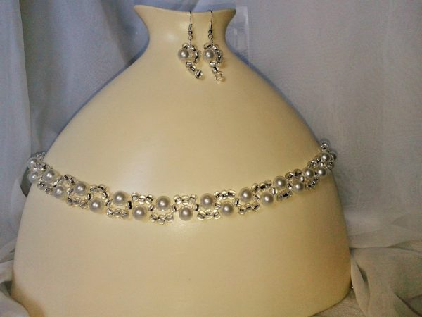 perłowo szklana kolia i kolczyki