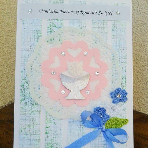 katyka komunijna z niebieskimi kwiatkami