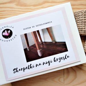 Zestaw do szydełkowania skarpet na nogi krzesła do samodzielnego wykonania