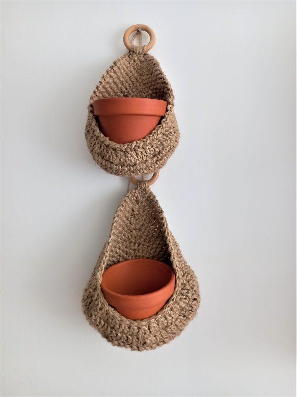 Koszyk jutowy w kształcie kropli z doniczka